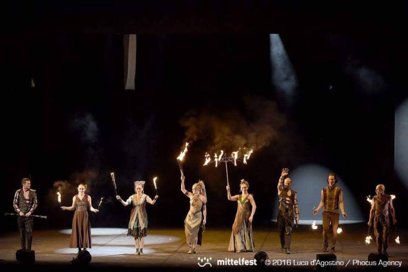 tanečno-divadelné predstavenie Anta Agni