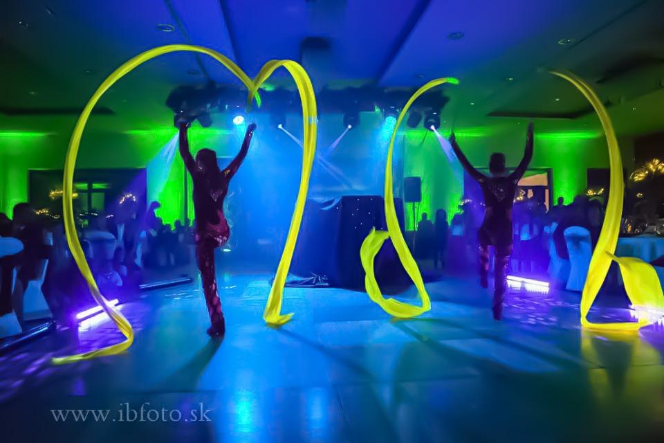 Anta Agni Hotel Partizan Silvester UV Show Ribbons