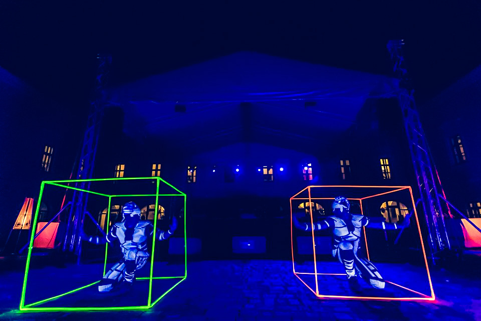 Anta Agni Grand Opening Viglas UV Show Kocka