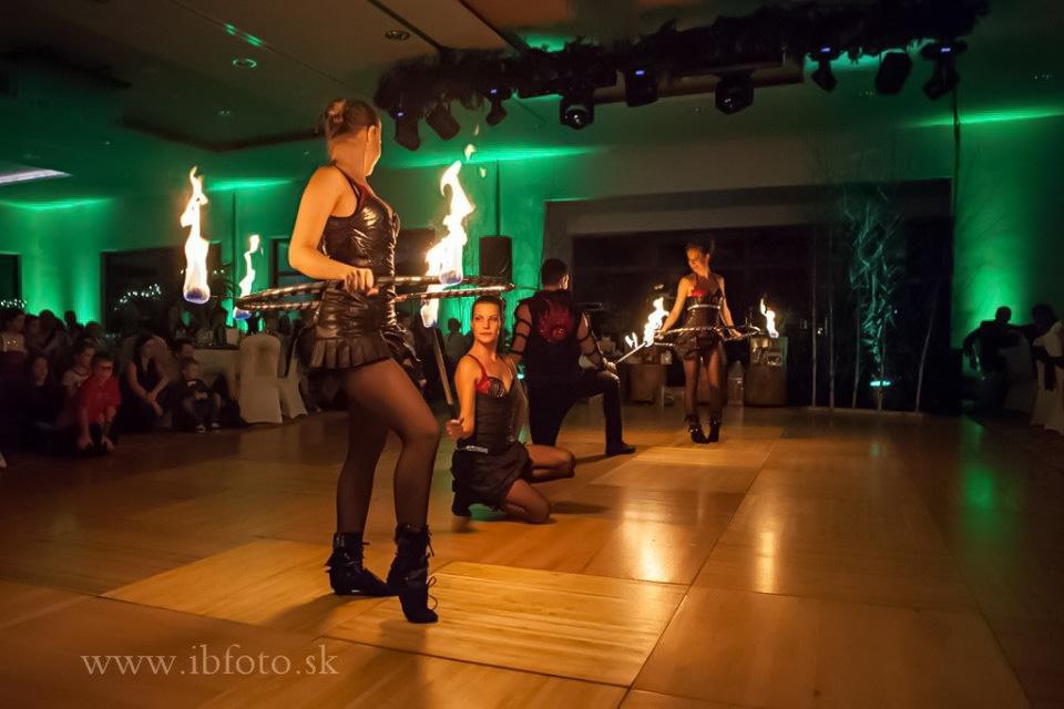 Anta Agni Hotel Partizan Silvester Fire Show