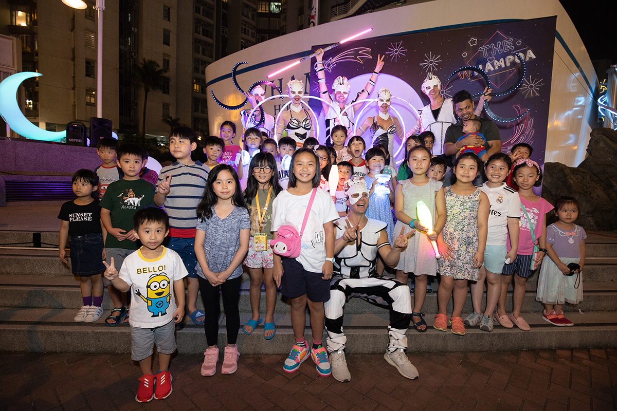 Anta Agni svetelná šou Hongkong s deťmi