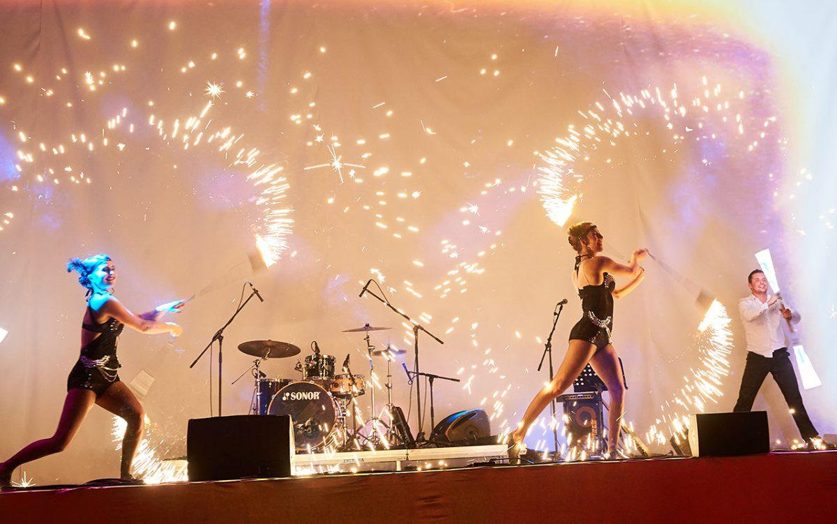 Nekonečný Kabaret - pyrotechnické finále